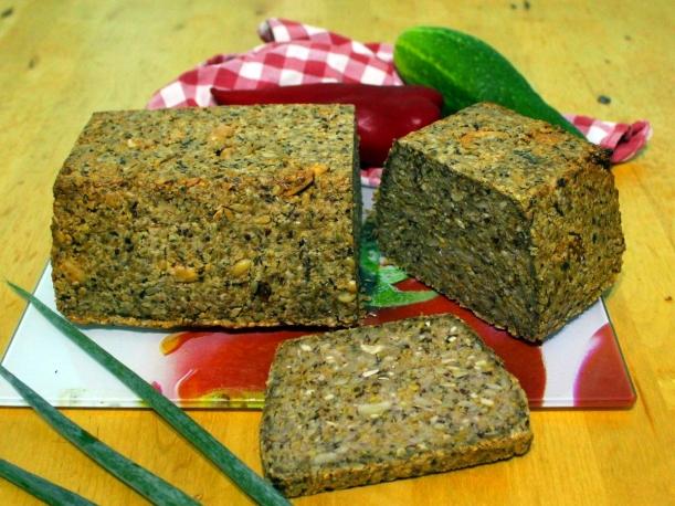 Energiebrot 2.0 Rezept veganes Brot mit Chiasamen glutenfrei Vital for your life vitalforyourlife
