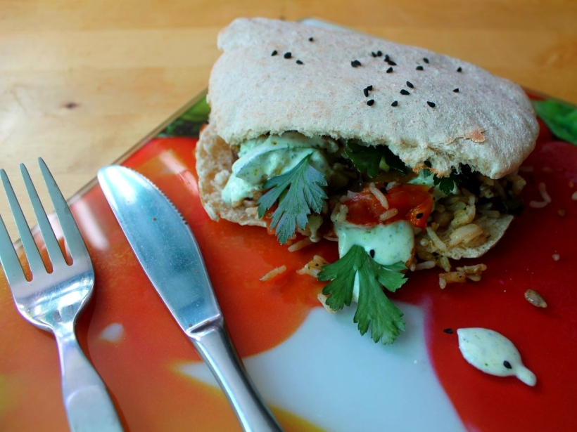Fladenbrot Pita Brot mit gegrillten Gemüse und Reis Rezept Vital for your life vegan food blog vitalforyourlife.com