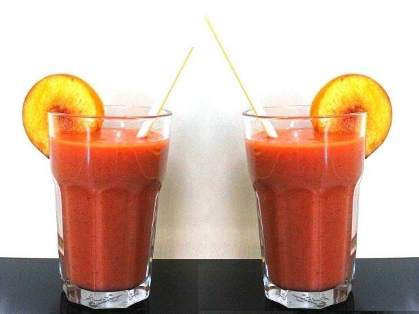 Erdbeer - Nektarinen Smoothy von Vital for your life Vegan Food Blog