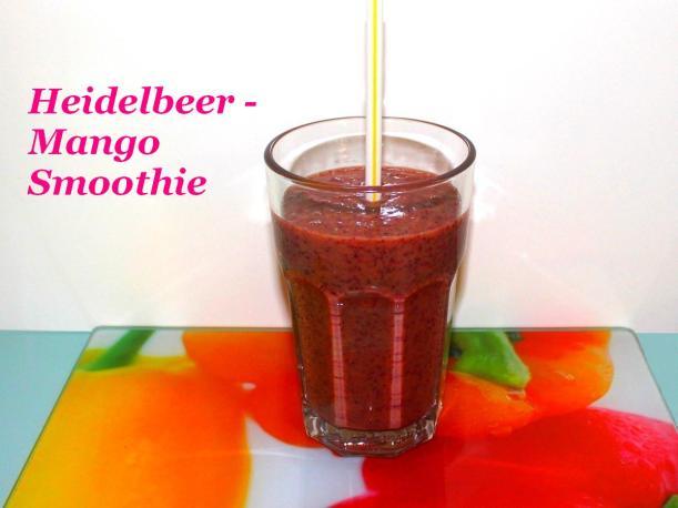 Heidelbeer Mango Smoothie Rezept von Vital for your life Vegan Food Blog