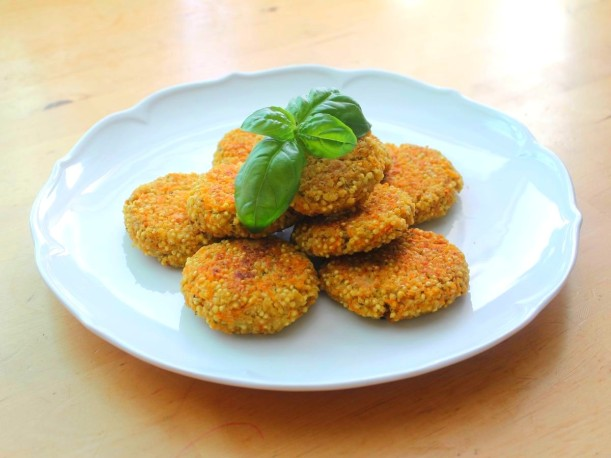 Gemüsebratlinge mit Hirse Burger Patties