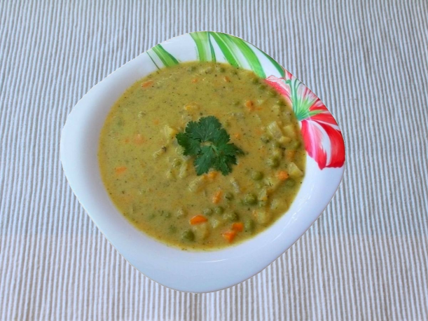 gemuesesuppe-der-saison-von-vital-for-your-life-vegan-food-blog