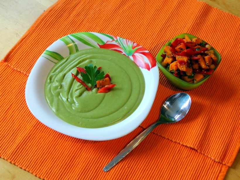 cremige-brokkolisuppe-mit-kokosmilch-von-vital-for-your-life-vegan-food-blog