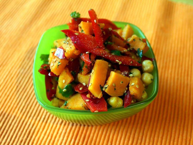 suesskartoffelsalat-mit-paprika-und-koriander-von-vital-for-your-life-vegan-food-blog