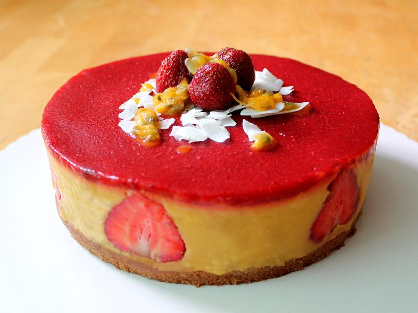 Erdbeer Mango Torte Vegan Leicht Lecker Vital For Your Life